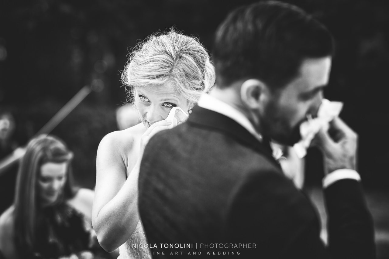 emotional creative wedding photography
