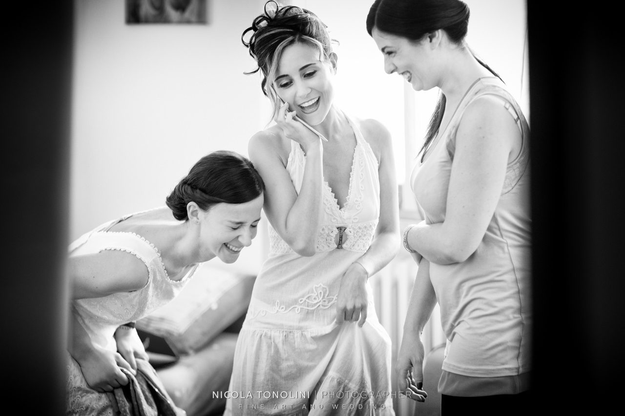 florence bride getting ready