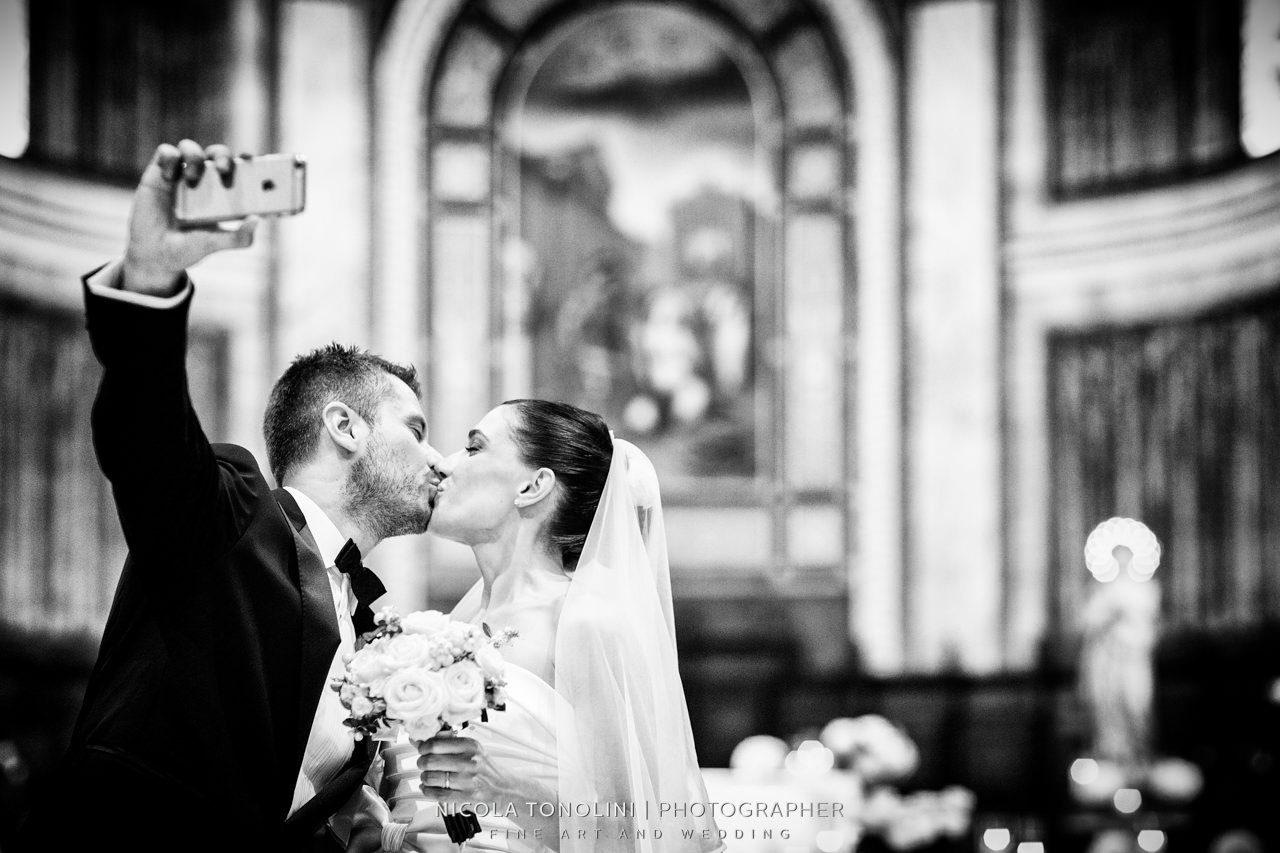 selfie bride and groom